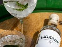 Den er lækker, frisk og splinterny! Ejderstedgade gin er endelig på markedet!
